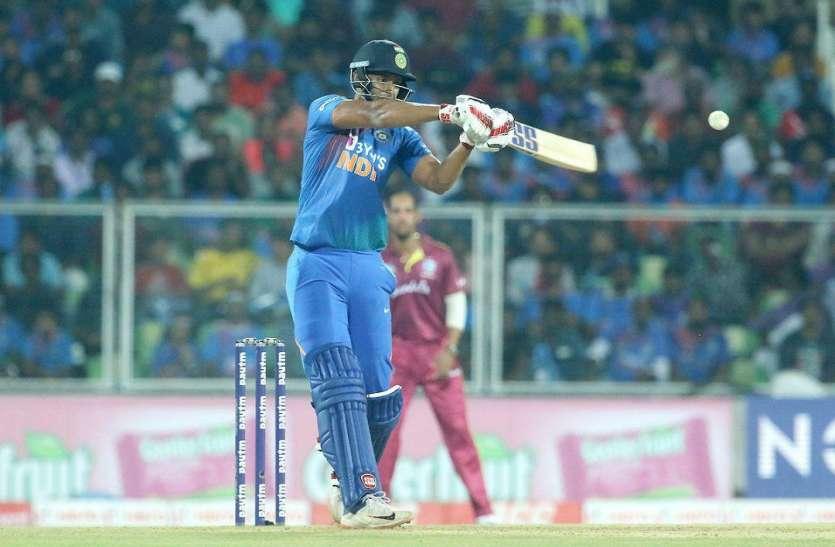 IND vs WI: भदोही के शिवम दुबे का दिखा जलवा, पोलार्ड के एक ओवर में जड़े तीन छक्के, करियर का पहला अर्धशतक भी लगाया