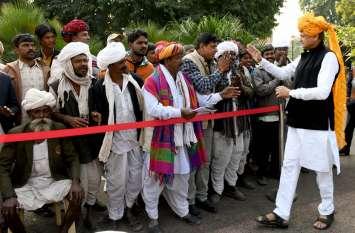 rajasthan मुख्यमंत्री ने की जनसुनवाई, अभाव-अभियोग सुने