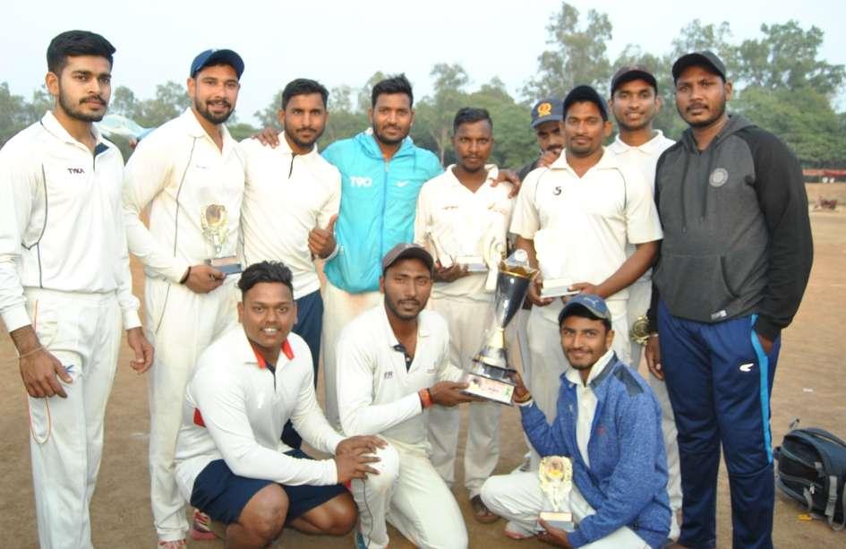 टी-20 क्रिकेट टूर्नामेंट: विजेता और उप विजेता टीम को किया पुरस्कृत