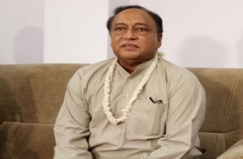 दिग्विजय सिंह के भाई का अपनी ही सरकार पर हमला, बोले: तबादला उद्योग प्रभारी मंत्रियों की बन गई है दुकानें