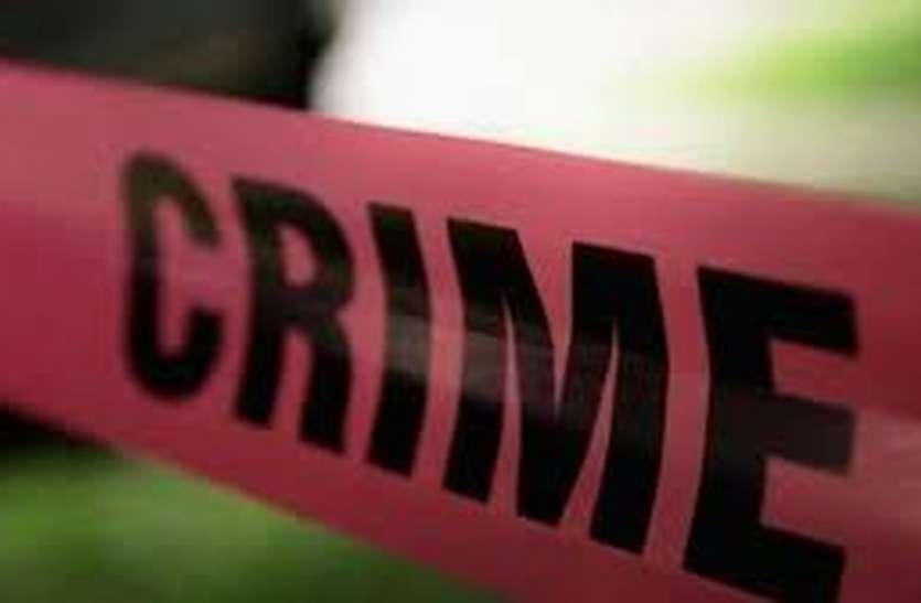 रिहायशी घर में छापा मारकर पुलिस ने किया 11 किलो डोडा चूरा जब्त, चक्की की बरामद