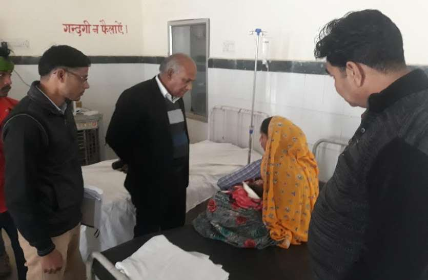 डांग क्षेत्र के करणपुर कस्बे के अस्पताल का यह मिला हाल, तो चौंके सीएमएचओ