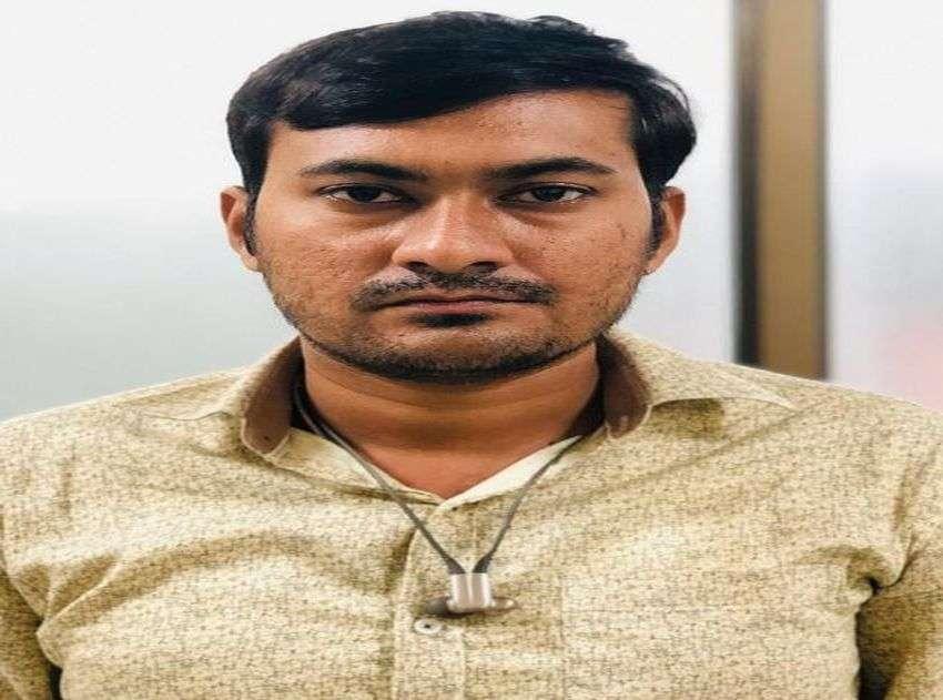 BRIBE : क्या हुआ जब एक निर्माण को अवैध बता, महिला पार्षद ने मांगे एक लाख रुपए ?