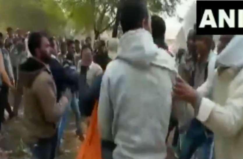 वीडियो: यूरिया के लिए आपस में लड़ रहे किसान, कमलनाथ सरकार केन्द्र पर लगा रही आरोप
