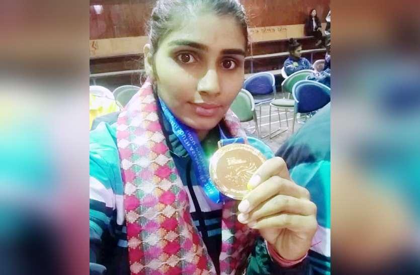 किसान की बेटी ममता ने नेपाल में किया कमाल, कबड्डी में जीता गोल्ड मेडल