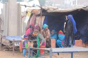 सरकारी खजाना खाली, कैसे बने गरीबों के आवास