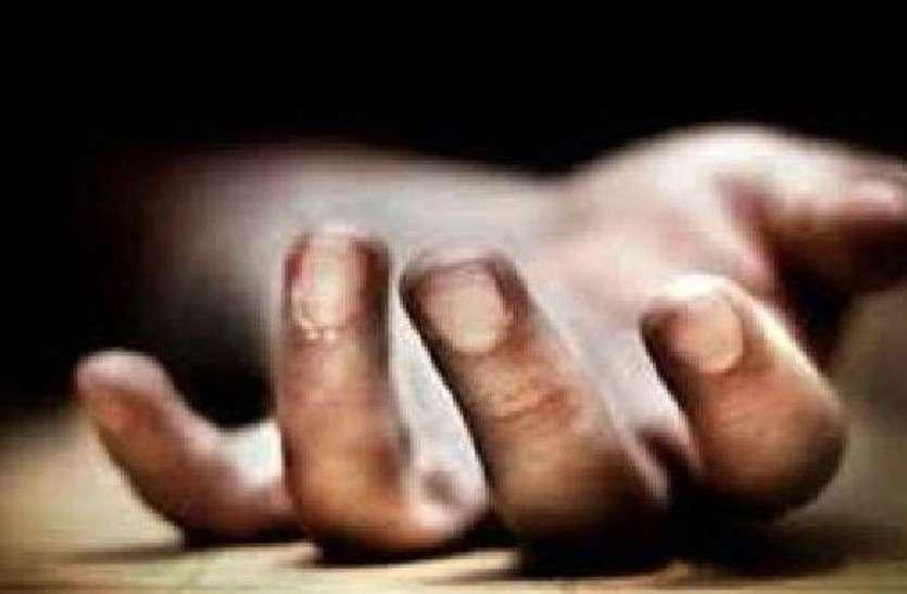 भेड़ चराने निकले पिता पुत्र का शव बरामद परिजनों ने जताई हत्या की आशंका