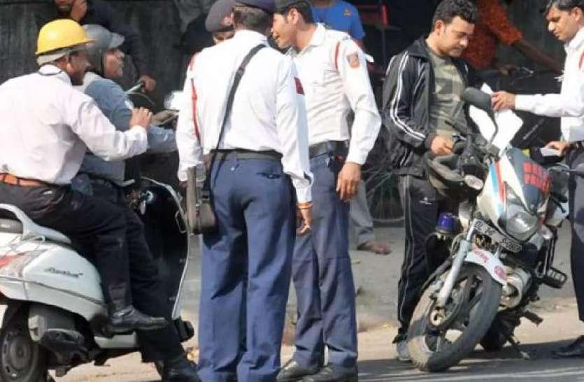शराबी चालकों के खिलाफ शहरभर में नाकाबंदी, 250 वाहन जब्त, DCP ने पीछाकर पकड़ा शराबी चालक को
