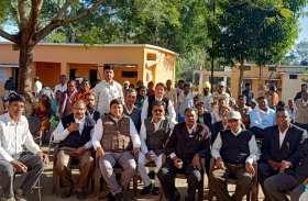 मवई में शीघ्र स्थापित होगा हथकरघा लघुउद्योग
