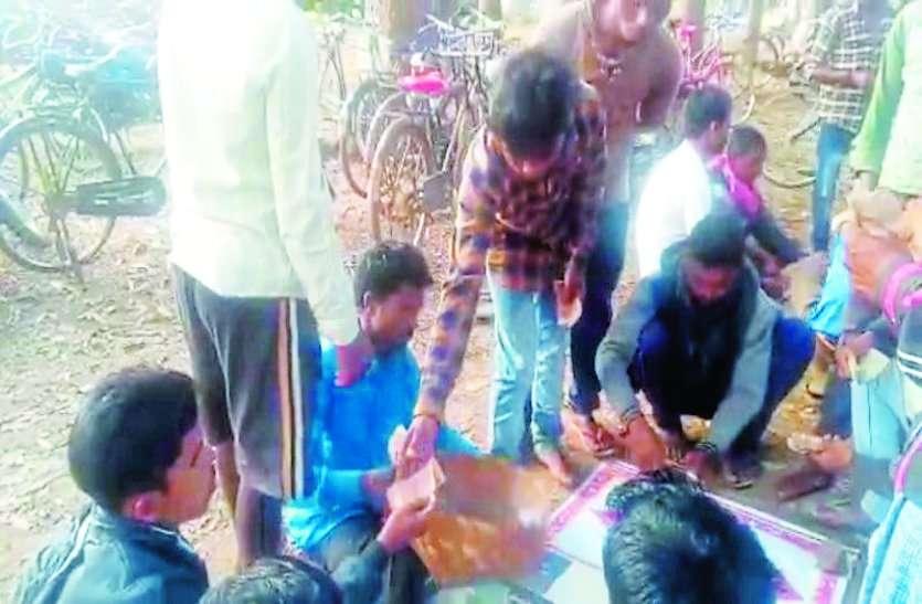 साप्ताहिक बाजारों में खेले जाने वाले इस जुए की गिरफ्त में आ रहे ग्रामीण, पुलिस प्रशासनने साध रखी है चुप्पी