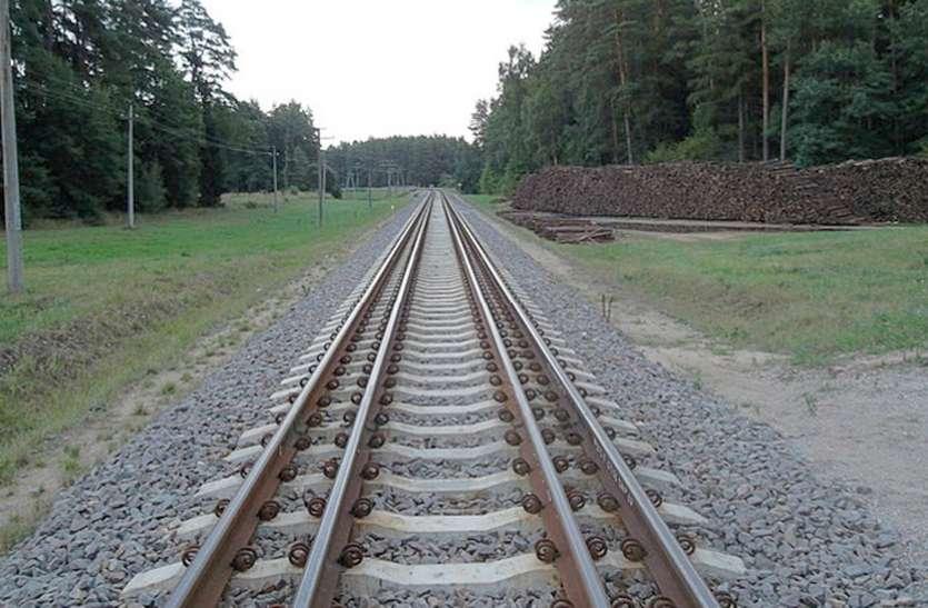 कानपुर से लखनऊ के बीच ५० की जगह १६० किमी की रफ्तार में दौड़ेंगी ट्रेनें