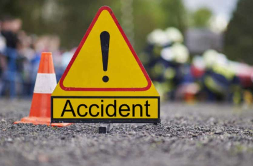 मिर्जापुर में यात्रियों से भरी ऑटो दुर्घटनाग्रस्त, सात घायल