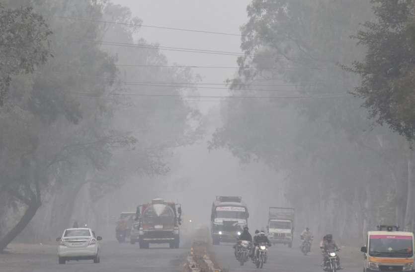 जिले में तीन दिनों से नहीं दिखी धूप, तापमान 11 डिग्री फिर भी कम नहीं हो रही ठंड