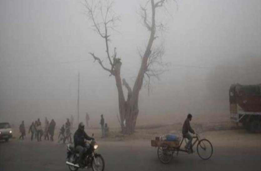 UP Top News : यूपी के कई शहरों में बदला मौसम का मिजाज, बूंदाबांदी के बाद लखनऊ में तेज हवाओं के साथ धूप निकली