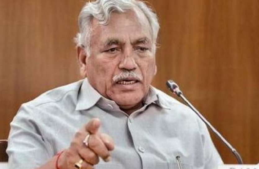 दिल्ली विधानसभा अध्यक्ष से ढाई करोड़ रुपए ऐंठने पहुंचा ठग गिरफ्तार