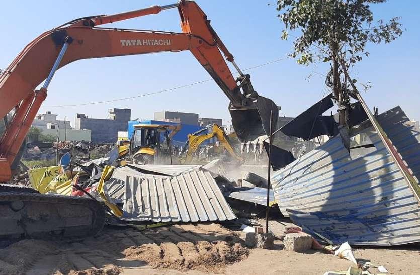 गृह निर्माण संस्था ने बेच दी थी प्रशासन ने मुक्तकरवाई करोड़ों रुपए की सरकारी जमीन