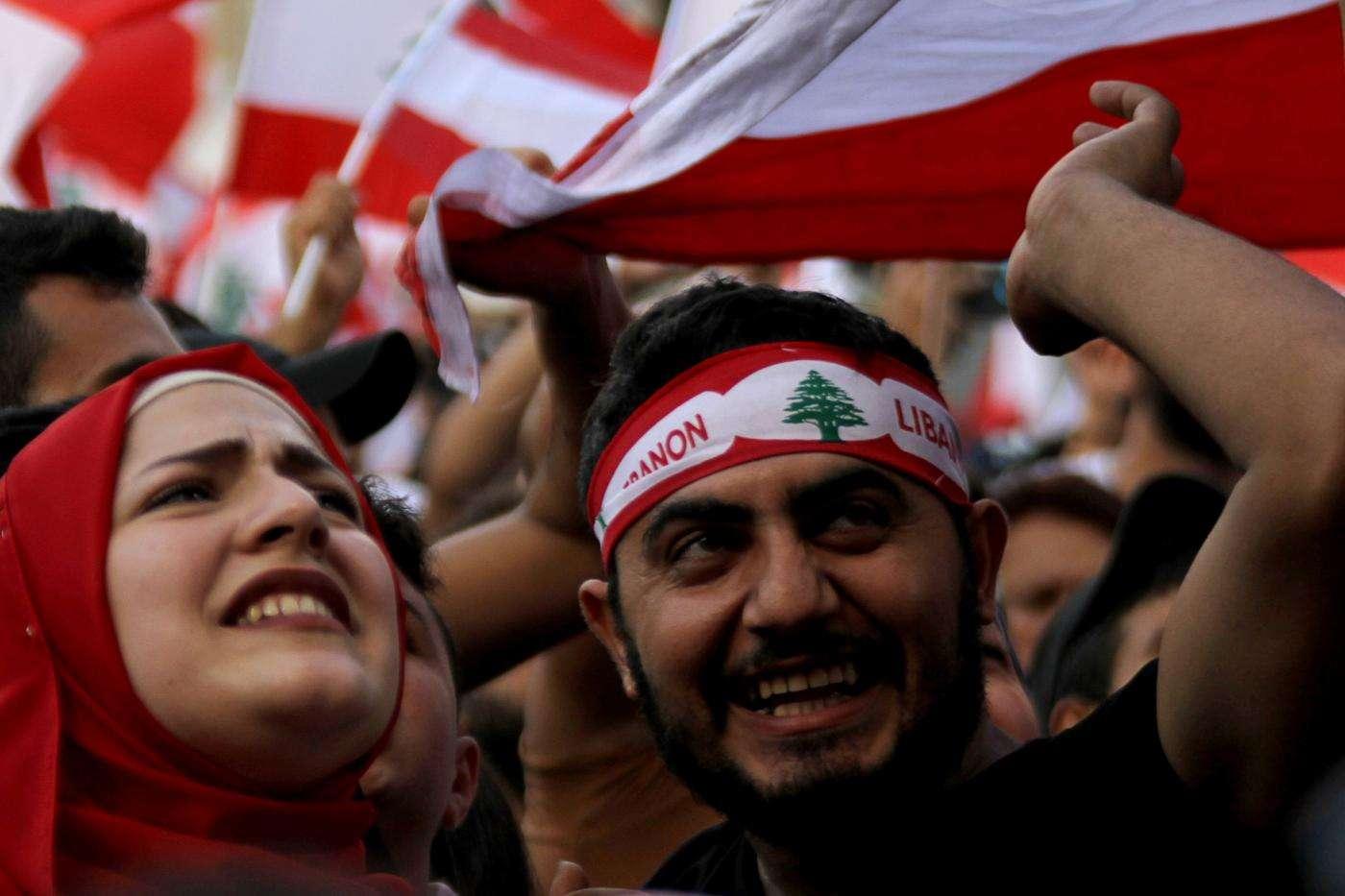 पश्चिम के 'व्यक्तिवाद' में जकड़ा मध्य-पूर्व क्या अपने सामाजिक ढाँचे को बचा पायेगा?