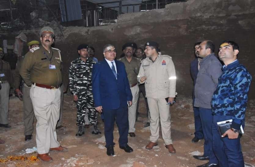 डीआईजी सुरक्षा ने जांची काशी विश्वनाथ मंदिर की सुरक्षा व्यवस्था