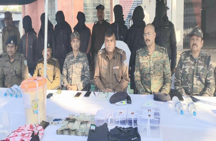 झारखंड: पुलिस ने 7 नक्सली किए गिरफ्तार, बड़े हमले को दिया था अंजाम