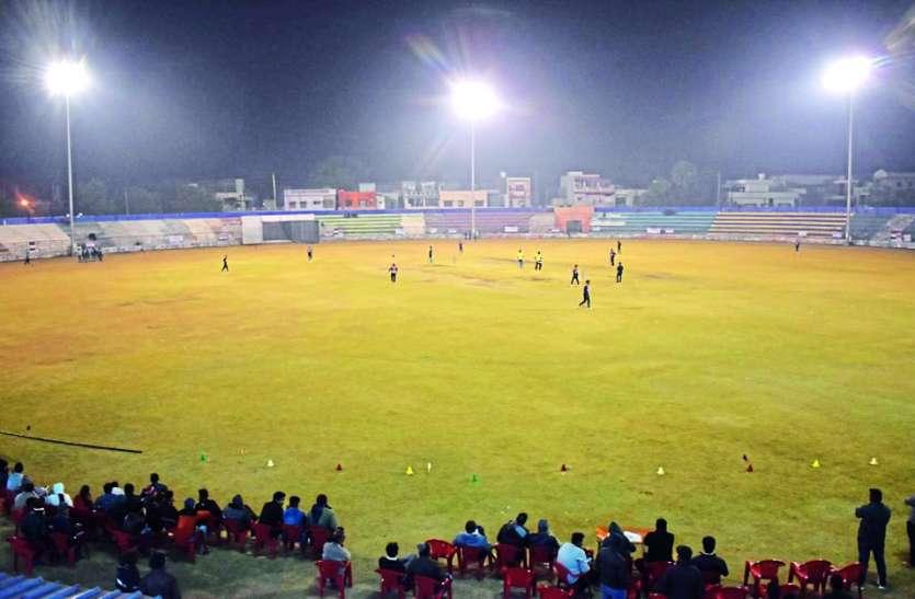 यूनिक क्रिकेट अकादमी की मंदसौर चैंपियन लीग का हुआ शुभारंभ