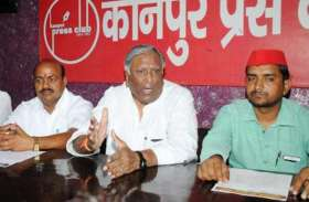 फैज पर मुलायम के इस करीबी नेता को गर्व, JNU के शातिर नकाबपोश भेजे जाएं जेल