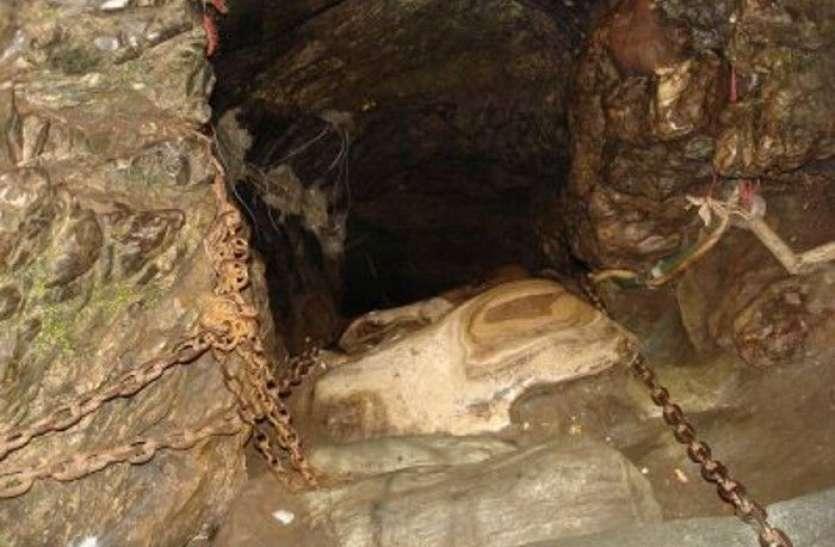 आज भी इस गुफा में रखा है भगवान गणेश का कटा हुआ मस्तक
