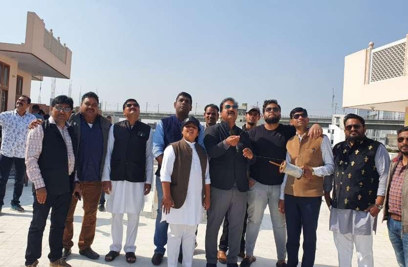 भाजपा की सीएए की पतंग आर्थिक मंदी, बेरोजगारी ने काटी