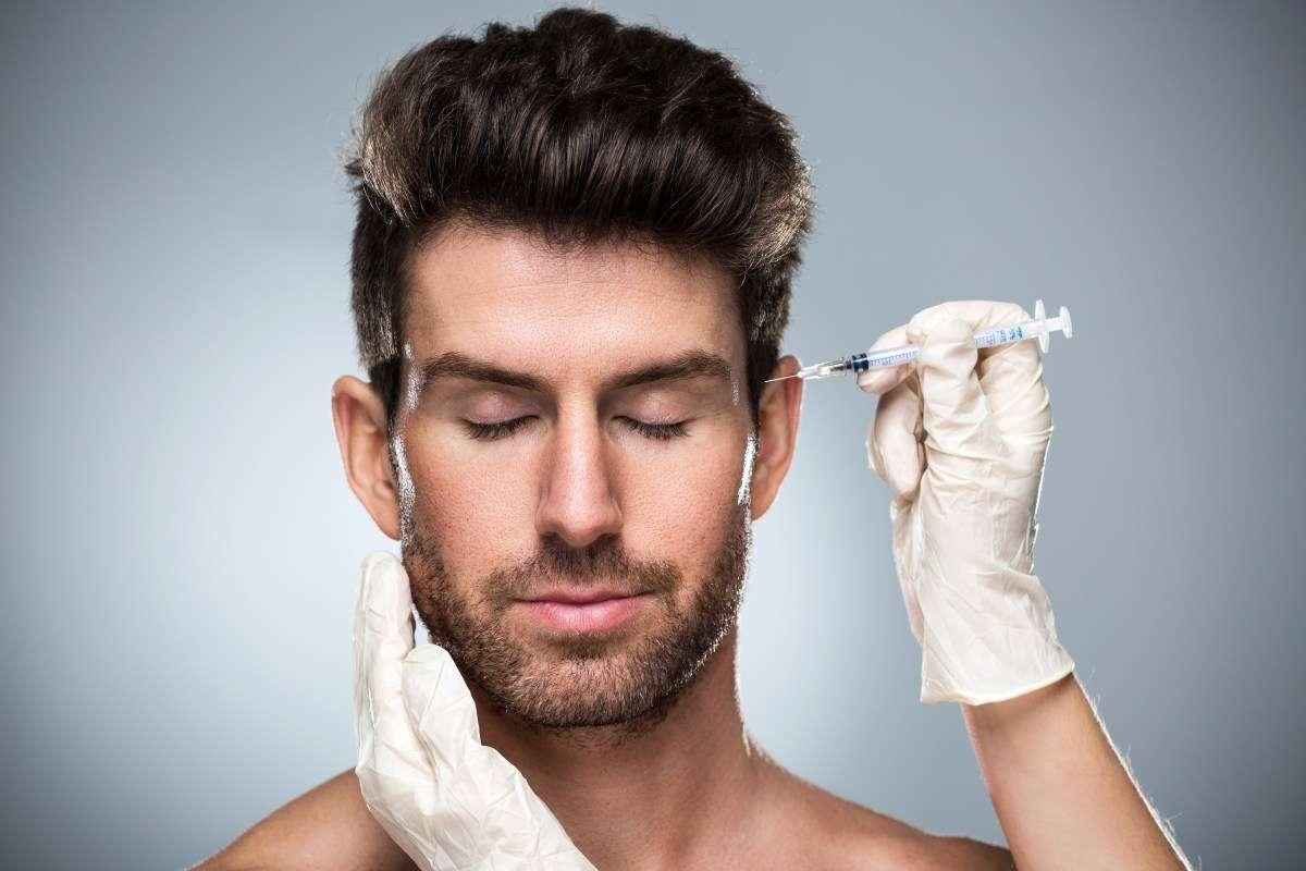 अब पुरुष भी शारीरिक सुंदरता को कॅरियर के लिए जरूरी मानने लगे