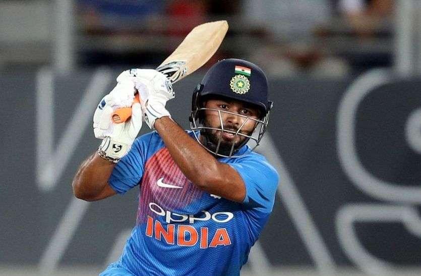 ऋषभ पंत चोटिल होकर मुंबई के पहले वनडे मैच से बाहर, केएल राहुल ने संभाली कीपिंग की जिम्मेदारी