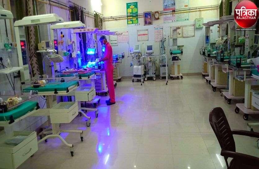 रात में एक नर्सिंगकर्मी के भरोसे 15 बच्चों का जीवन, स्टॉफ की कमी का रोना रो रहा अस्पताल प्रशासन
