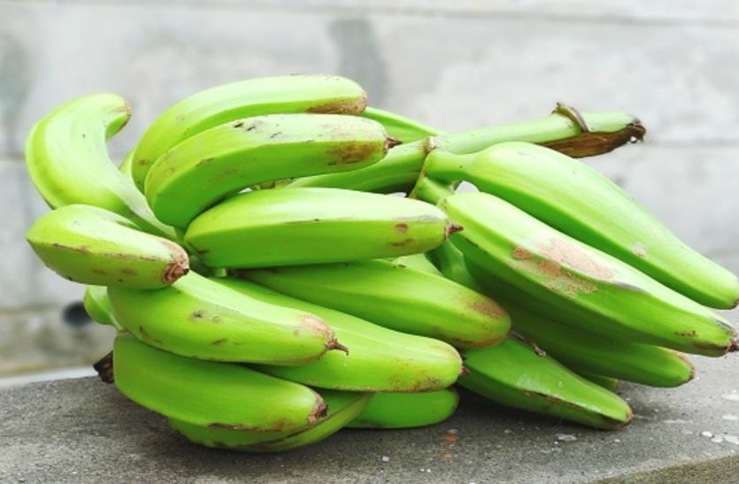 Banana Nutrition: शुगर कंट्रोल के साथ इम्यून सिस्टम मजबूत करता है कच्चा केला