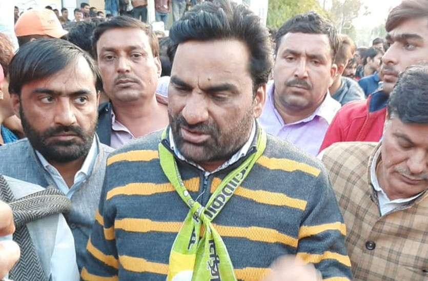 बाड़मेर में नागौर सांसद बेनीवाल पर हमले का प्रयास, चाकू लेकर पहुंचा था हमलावार