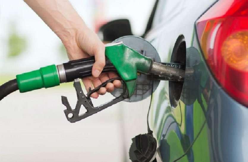 Durg News-पेट्रोल पम्पों में छापा, ओवर स्टॉक के साथ दस्तावेजों में गड़बड़ी, 42537 लीटर पेट्रोल-डीजल जब्त