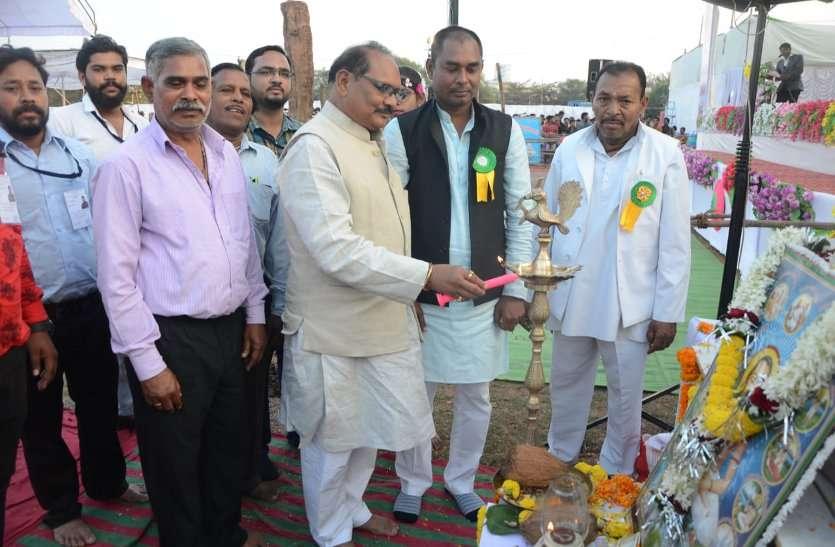 रायपुर : गुरु घासीदास ने समतामूलक समाज की राह दिखायी- मंत्री डॉ. प्रेमसाय सिंह टेकाम