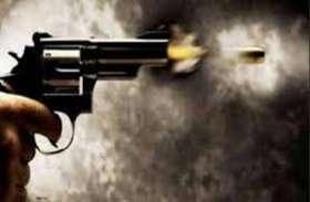 कोटा में देर रात फायरिंग,घर में घुसकर युवक पर किया जानलेवा हमला