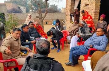 गांव में होने जा रहा था बाल विवाह, प्रशासन ने मौके पर परिजनों को किया पाबंद, लौट गई बारात