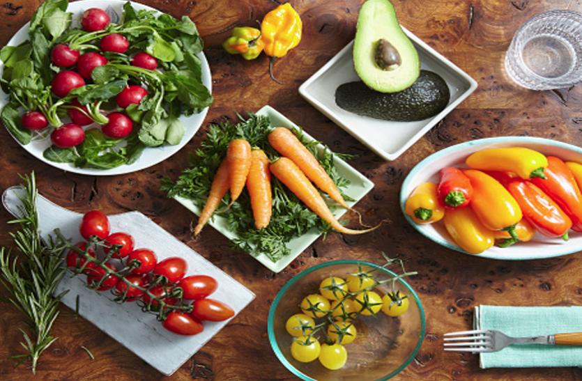 Essential vitamins: सेहत के लिए जरूरी हैं ये 13 विटामिन, आज से करें डाइट में शामिल