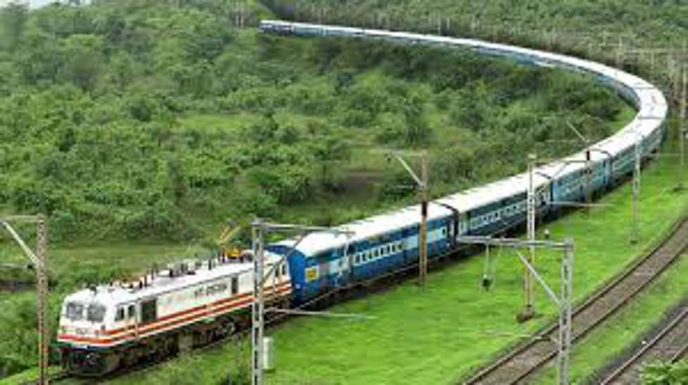 Indian Railway: हैदराबाद दक्षिण सुपरफास्ट एक्सप्रेस का साथ छोड़ेगी तीन दशक पुरानी यह ट्रेन