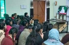 प्रधानमंत्री मोदी ने परीक्षार्थियों को तनाव मुक्त रहने के बताए टिप्स