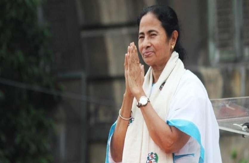 कांग्रेस और वाममोर्चा के आगे आखिर क्यों झुकीं बंगाल की सीएम ममता बनर्जी
