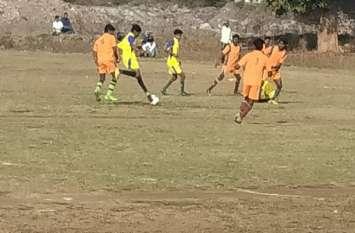 पिण्डकेपार और चिखलाझोड़ी ने जीता मैच