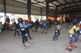 रतलाम. शहर में चल रहे खेल मेले में करीब 5000 बच्चे शामिल हुए।