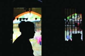 5 स्टार होटल में चल रहे सेक्स रैकेट का भंडाफोड़, पकड़ी गईं बॉलीवुड की दो हस्तियां