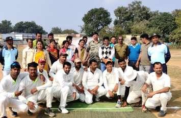 मंडला के खिलाडिय़ों ने जीता पहला मैच
