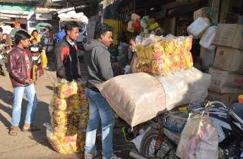जिले भर में बिना किसी रजिस्ट्रेशन के बिक रहे स्नेक्स पैकेट्स
