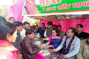 कांग्रेसियों ने मनाया सांसद पीएल पुनिया का जन्मदिन, हुए कई आयोजन