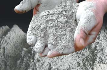 cement rate-- 20 दिन में दो बार बढ गए सीमेंट के दाम
