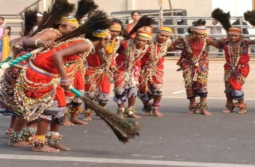 गणतंत्र दिवस होगा खास, पहली बार देखने को मिलेगा बोंडा आदिवासियों का नृत्य