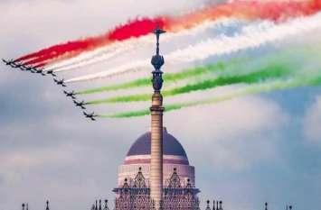 SRK से लेकर बिग बी समेत कई बॉलीवुड हस्तियों ने फैंस को दी गणतंत्र दिवस की शुभकामनाएं, जानिए किसने क्या कहा..