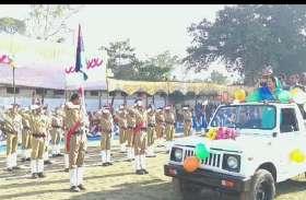 कॉलेज ग्राउंड पर मुख्य समारोह में दिखे देशभक्ति के रंग